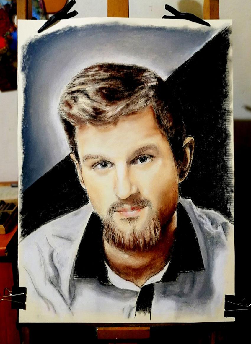 Portrait, guy with beard in his twenties